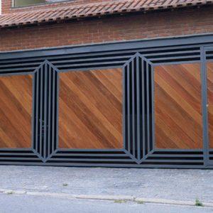 Fabrica de Portão com detalhe em madeira Higienópolis